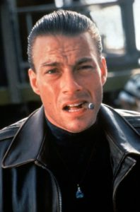 Jean-Claude Van Damme jako Alex w filmie Podwójne uderzenie